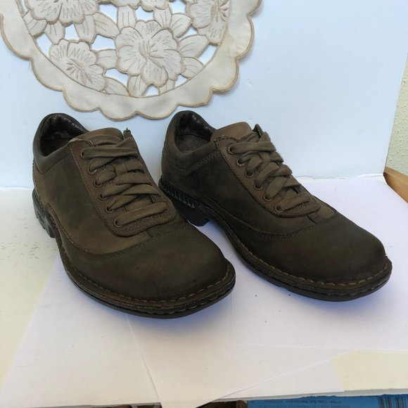 UGG Other - Ugg Men's Brown Leather Lace-up Casual Shoe